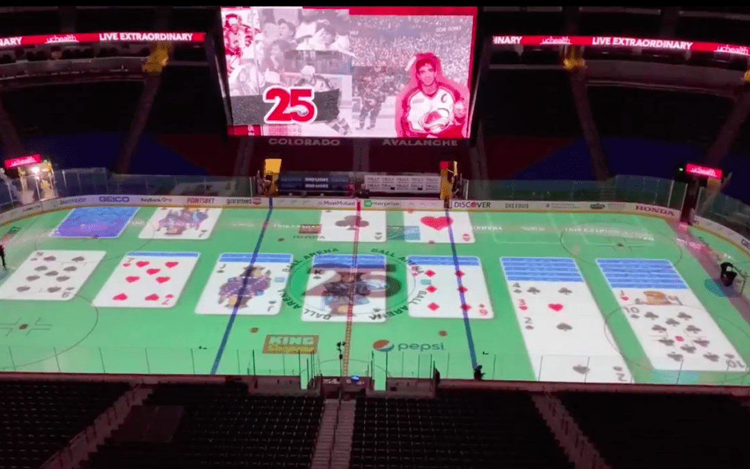 Colorado Avalanche announcer makes most of intermissions by playing Solitaire & Pong on ice